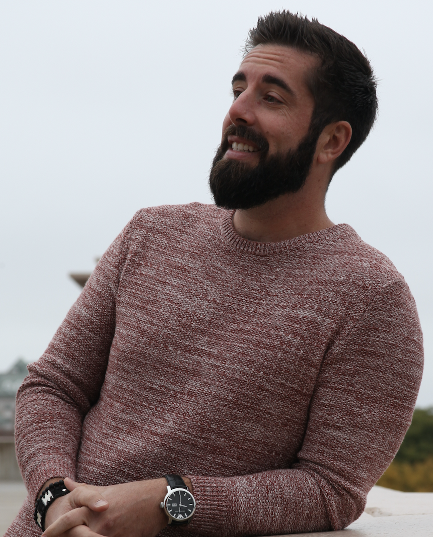 This is Erik, dating coach for men, and founder of Coast to Coast Dating Coach.